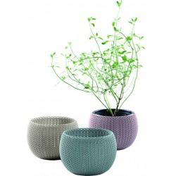 Polyratanové kvetináče
