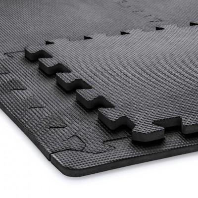 Penové puzzle 30 x 30 cm čierne + 36 zakončovacích hrán